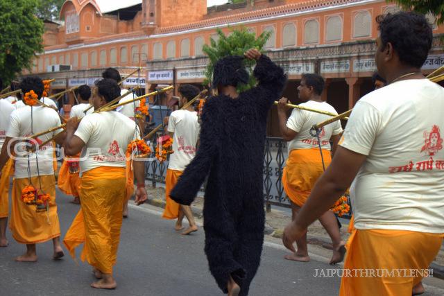 kanwar-yatra-in-jaipur-bazaar-chaura-rasta