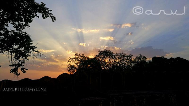jaipur-sunrise-point-near-fort-silhouette-landscape-picture