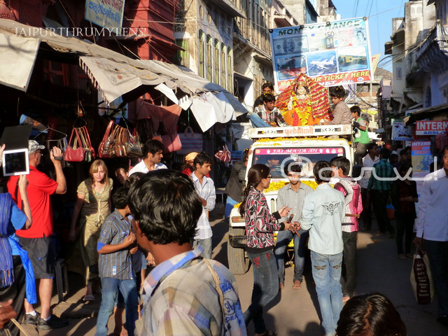 pushkar-market-street-during-cattle-fair-mela