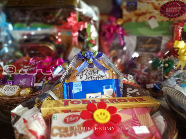diwali-gift-for-family-chocolate-hamper