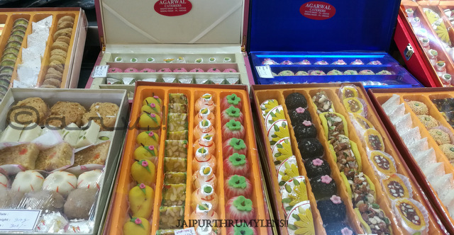 diwali-mithai-gift-pack-for-employees