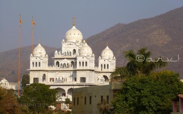 historical-gurudwara-pushkar-rajasthan-near-ajmer
