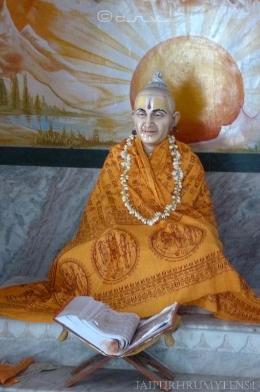 history-khol-ke-hanuman-ji-temple-jaipur-bab-nirmal-das