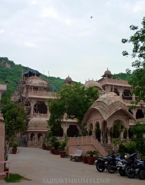 khol-ke-hanuman-ji-temple-jaipur-rasoi-picture