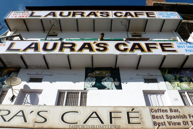 laura's-cafe-pushkar-street