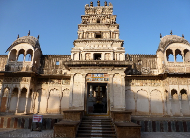 old-rangji-temple-pushkar-photo