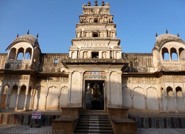 old-rangji-temple-pushkar-photo