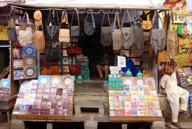 pushkar-handicrafts-street-market-photo