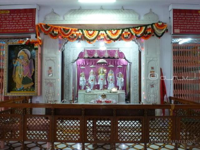 ram-darbar-in-jaipur-khol-ke-hanuman-ji-temple