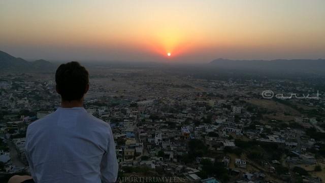 sunset-point-pushkar-gayatri-temple