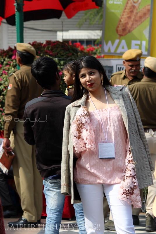 girl-taking-picture-jaipur-literature-festival-c