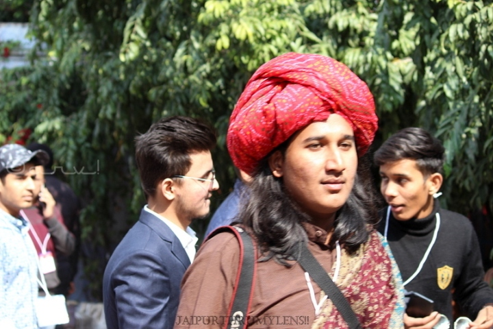 jaipur-photographer-with-turban-jaipur-literature-festival-event