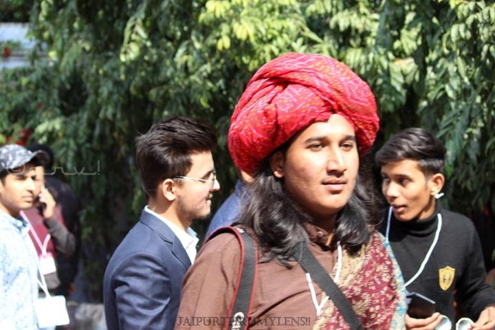 jaipur-photographer-with-turban-jaipur-literature-festival-event