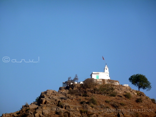 papmochani-temple-pushkar-gayatri-mandir-sunset-point
