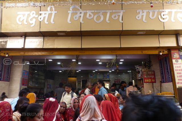 places-to-eat-in-pushkar-laxmi-misthan-bhandar-aaloo-puri