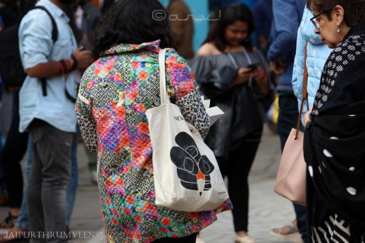 women-colorful-jacket-jaipur-literature-festival-fashion-event