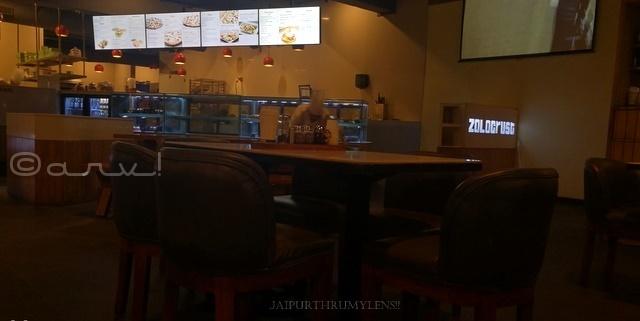 zolocrust-clarks-amer-best-restaurant-jaipur