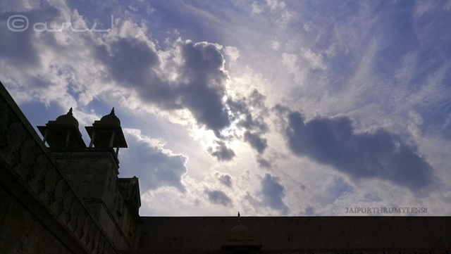 amer-fort-jaipur-picture-silhoutte-sun-clouds