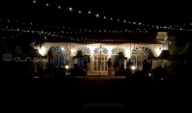 special-romantic-candle-light-dinner-for-couples-jaipur-bar-palladio