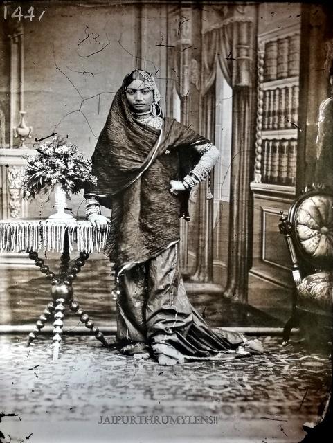 jaipur-vintage-picture-dancer-concubine-by-sawai-ram-singh