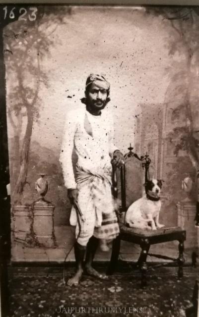 maharajah-sawai-ram-singh-ii-jaipur-old-photo-with-dog