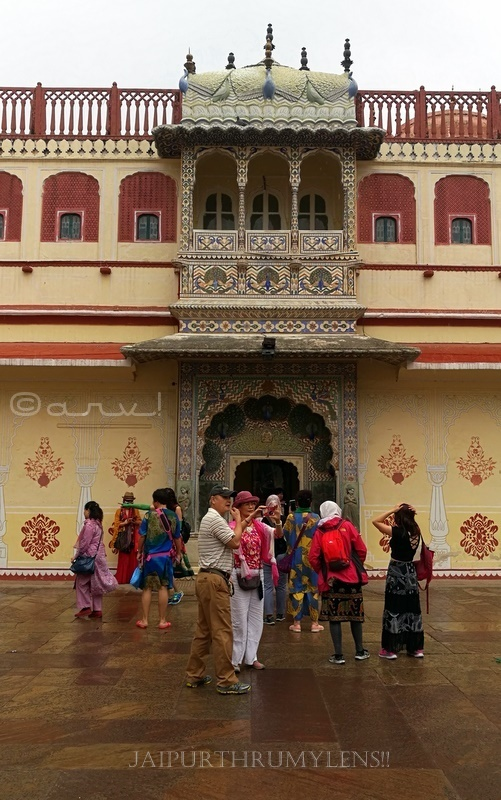 places-to-visit-city-palace-jaipur