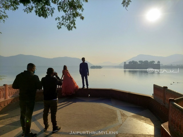 pre-best-wedding-photo-shoot-places-jaipur-jal-mahal