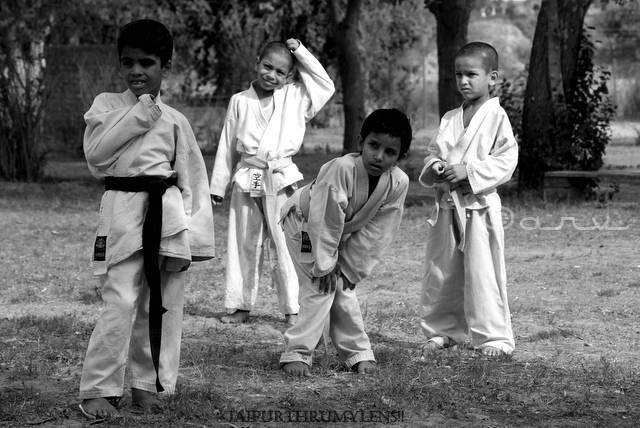 cute-indian-boys-karate-class-jaipur-photographer-jaipurthrumylens