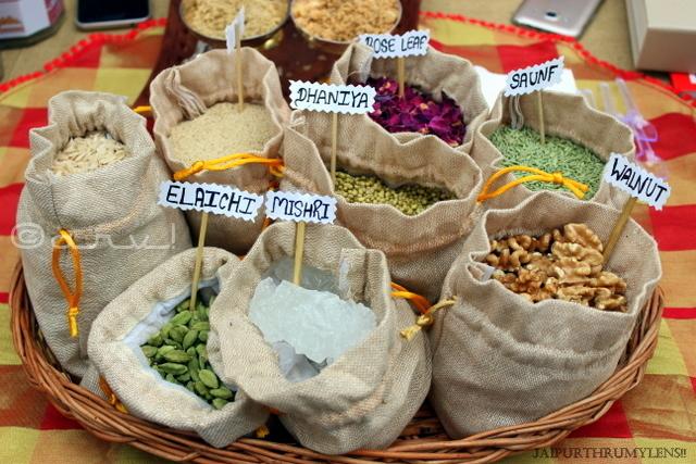 aurvedic-ingredients-nuskha-faremrs-market-jaipur