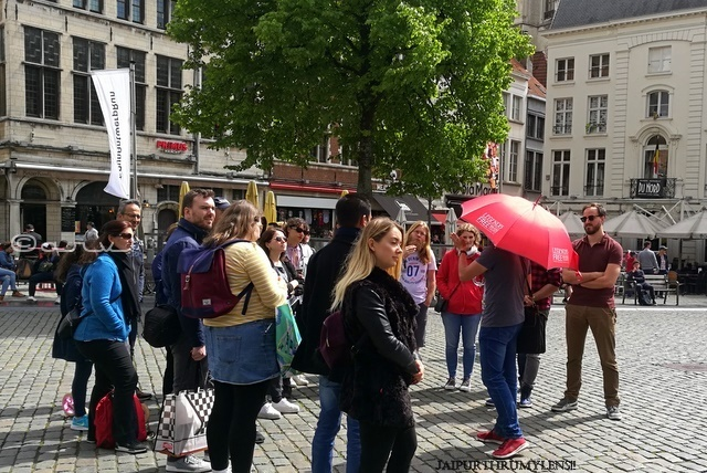 chris-sandeman-free-walking-tours-europe
