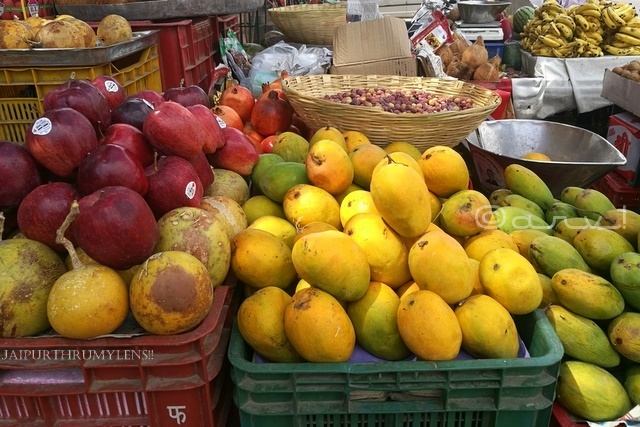 indian-mango-jaipur-fruit-market