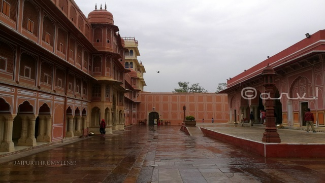 jaipur-city-palace-guide-travel-blog