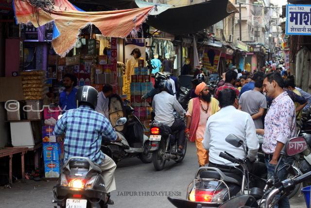 jaipur-shopping-ghee-walon-rasta-johari-bazaar