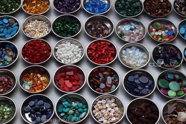 johari-bazaar-jewellery-semi-precious-stones