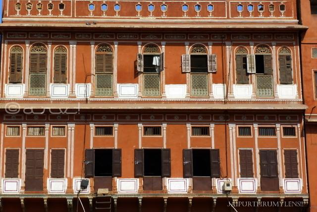 vernacular-architecture-jaipur-haveli-johari-bazaar
