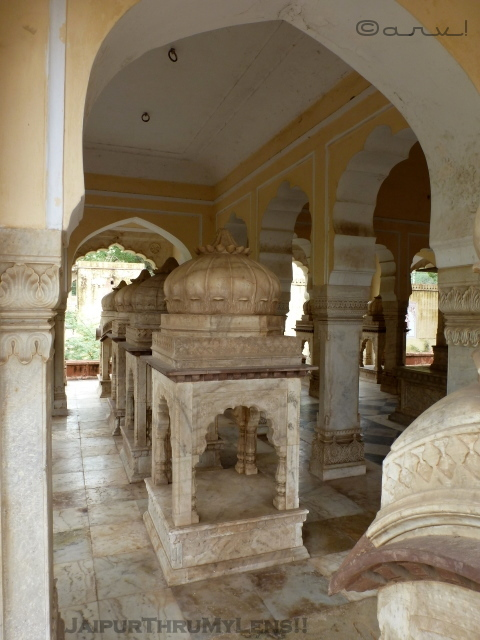 gaitore-ki-chhatriyan-sawai-madho-singh-II