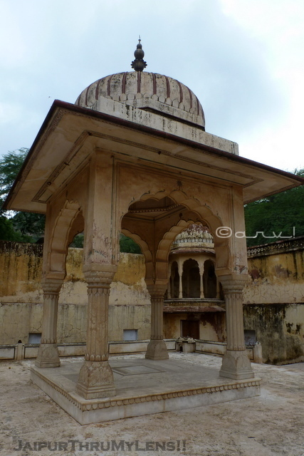 jaipur-local-architecture-atyle-chhatri-gaitore