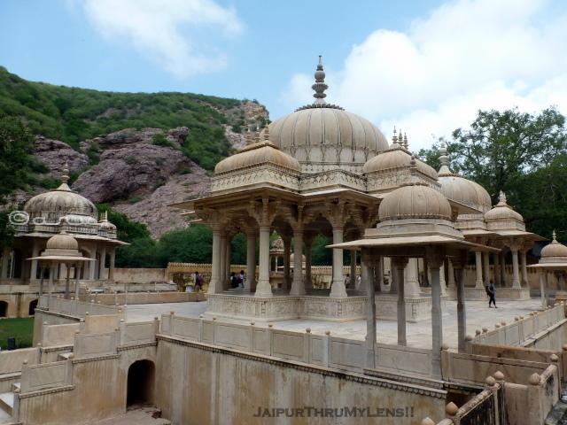 jaipur-mausoleum-gaitor-brahampuri