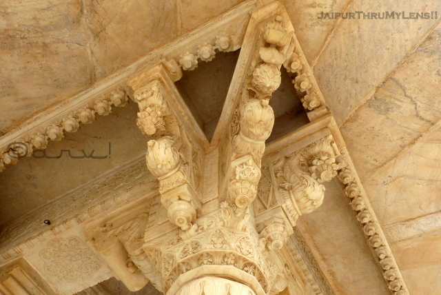 rajput-architecture-features-marble-carvings-jaipur-gaitore