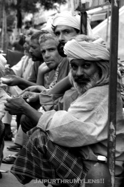 homelessness-article-india-jaipur-street