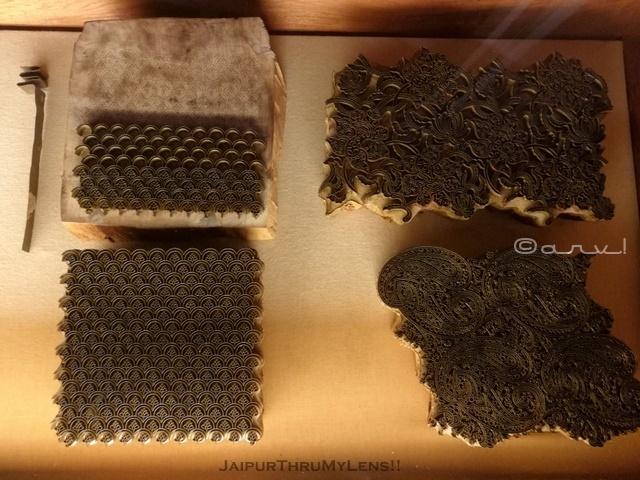 hand-block-printing-block-old-anokhi-museum-jaipur
