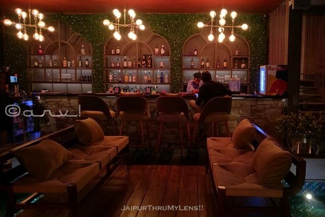 romantic-restaurants-jaipur-scene-radisson-blu