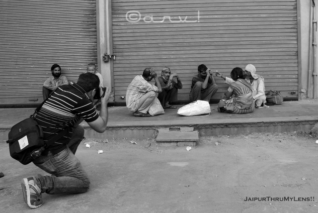 street-people-photographer-working-jaipur-india