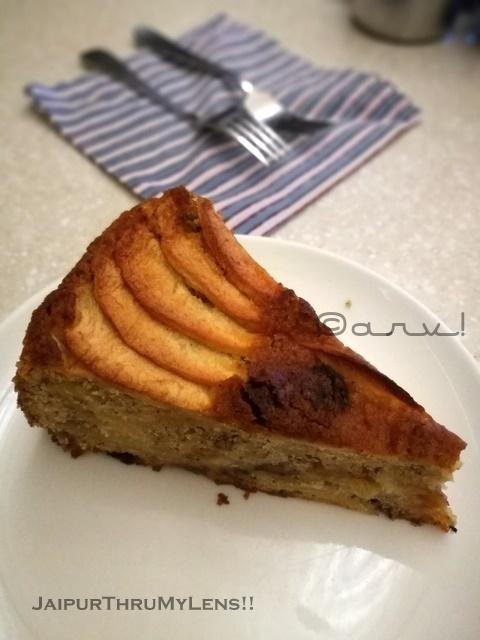 best-bakery-jaipur-anokhi-apple-streusel-cake