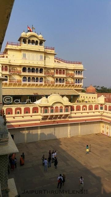 city-palace-jaipur-chandra-mahal-pritam-chowk