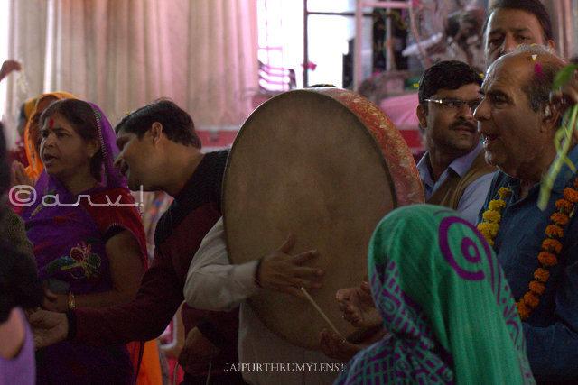govind-dev-ji-mandir-chang-dhap-dance-jaipur-fag-utsav