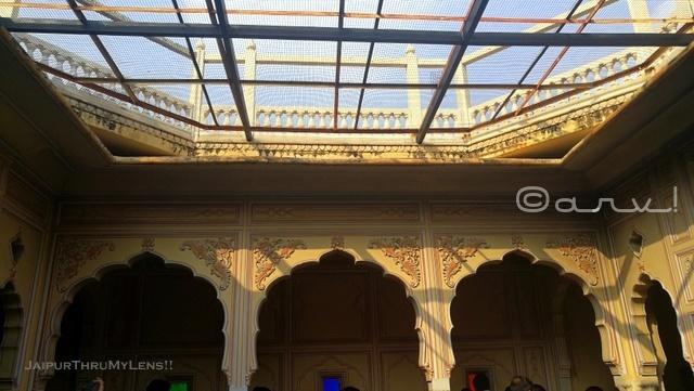 raj-rajeshwar-jaipur-octogonal-courtyard-havelis-style-temple