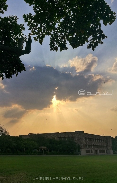 saint-xaviers-school-jaipur-sunset-in-coronavirus-outbreak
