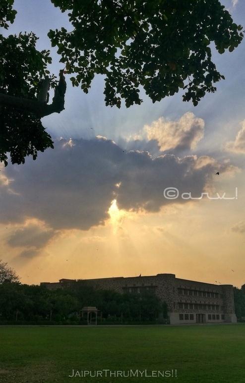 saint-xaviers-school-jaipur-sunset-in-coronavirus-outbreak
