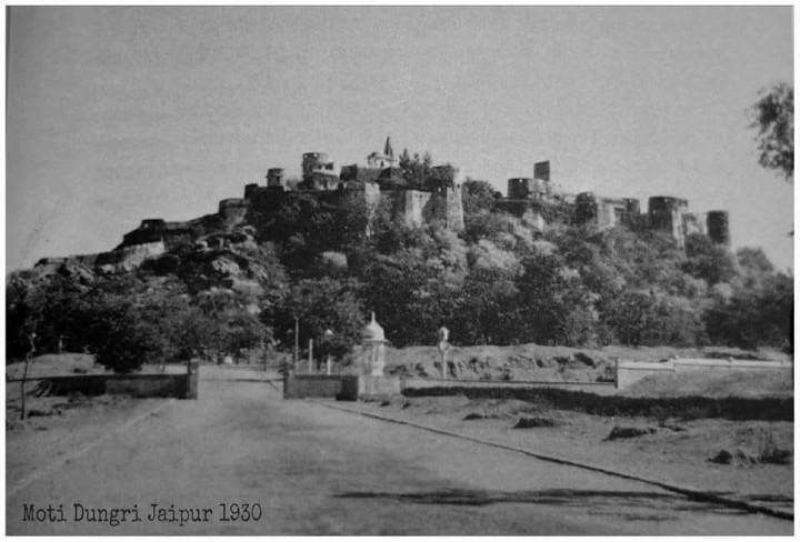 moti-dungari-fort-history-old-jaipur-picture